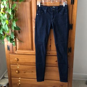 👖Universal Thread Mid-Rise Jegging Jeans